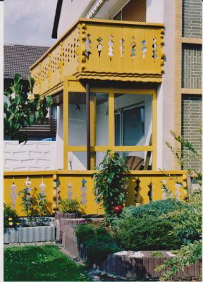 Balkon und Terrassenbrüstung aus Fichtenholz 001